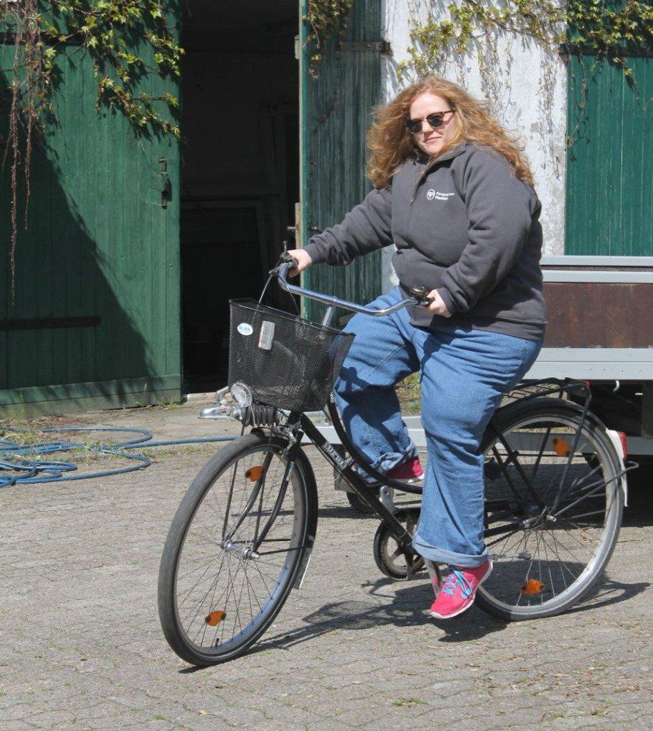 Fahrradfahren mit Adipositassimulation BBS Cuxhaven