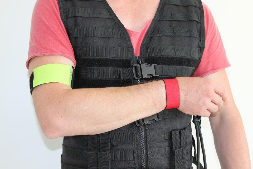 Hemiparesesimulation mit Armschlaufen