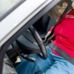 Adipositasanzug PerspektivenPioniere Auto Anschnallen